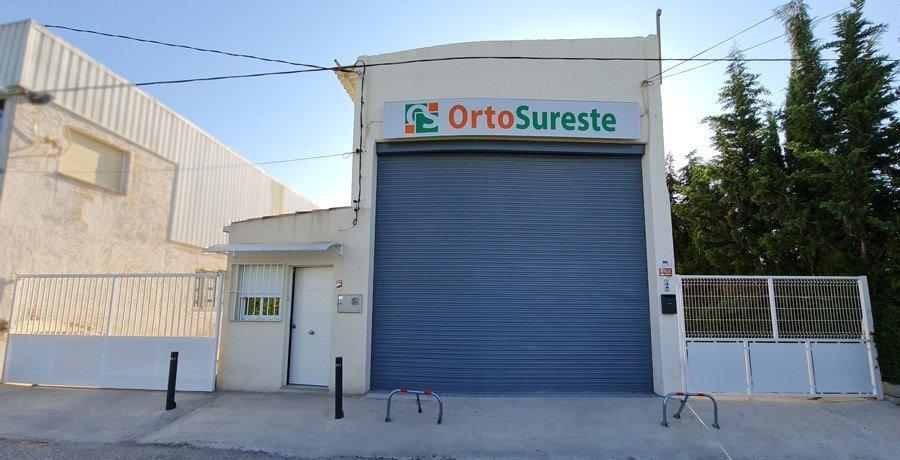 Instalaciones de OrtoSureste, exposición y oficinas